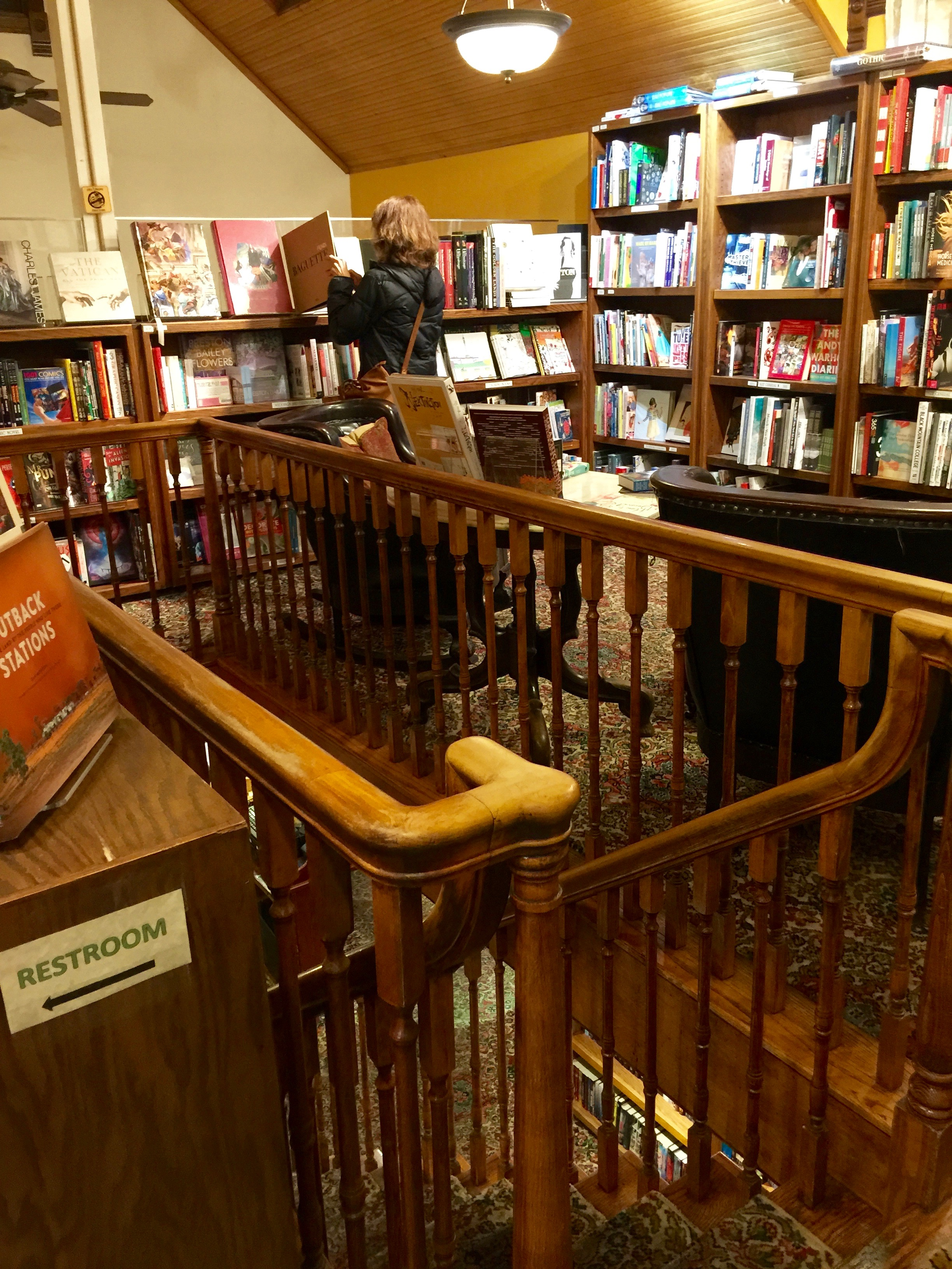 Explore Booksellers Upstairs